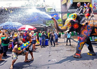 unique elefant festivals-around-the-world-songkran-water-festival-thailand__880